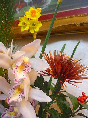 迎え花 の 贈り物 と 可憐な水仙*。。*。:☆.。† _a0053662_2011328.jpg