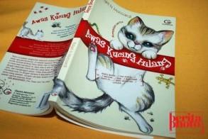 """新刊:\""""Awas Kucing Hilang\"""" (短編集 インドネシア語)_a0054926_0593410.jpg"""