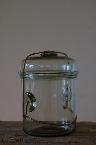 ピーター・アイビーさんのガラス保存容器_d0087761_22201778.jpg
