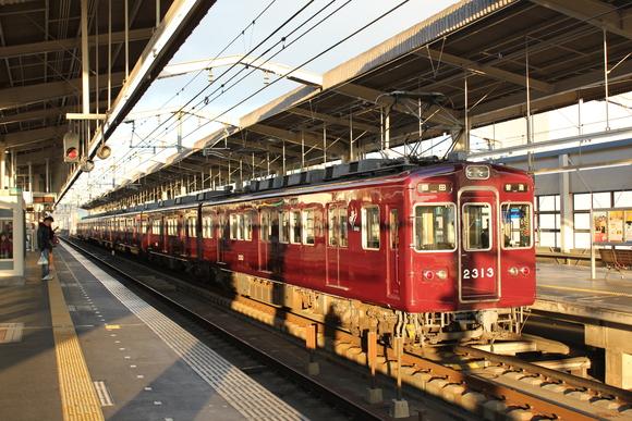 阪急2313F 最古参の電車_d0202264_18124345.jpg