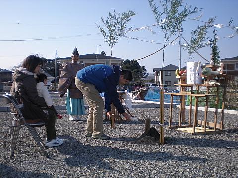 年の瀬地鎮祭_e0145995_7124492.jpg