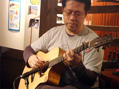 良かったですねぇ!南澤先生を囲んでの「ミニ・ライブ&忘年会」!_c0137404_1648920.jpg