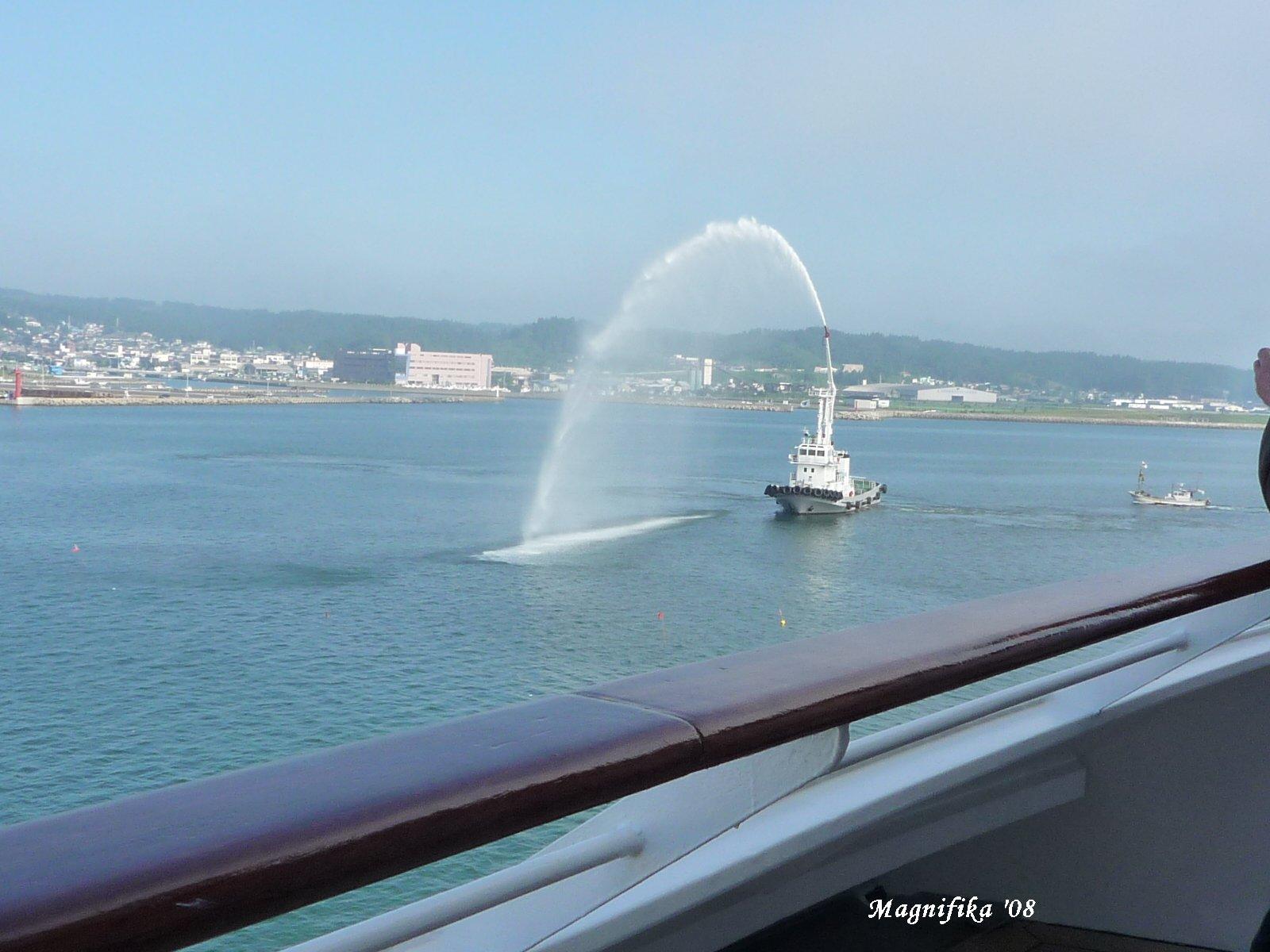 ASUKA II 竿灯・ねぶた祭りクルーズ japanese festival cruise-3_e0140365_2020060.jpg