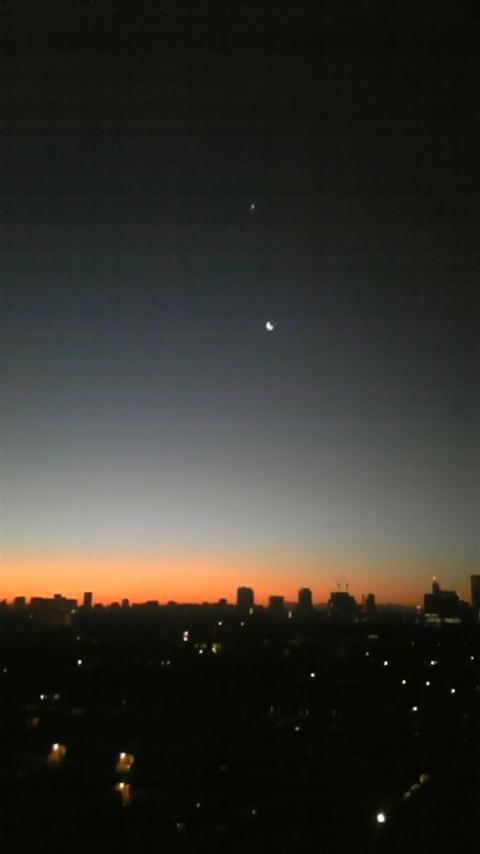 110101 元旦の月&金星_f0164842_2356655.jpg