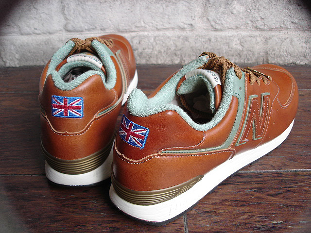 new balance M576[Made in U.K. Pub collection] & DENTS GLOVES !!_a0132147_2319715.jpg