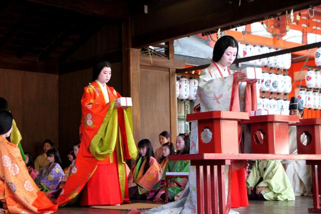 八坂神社 かるた始め式_e0048413_2020129.jpg