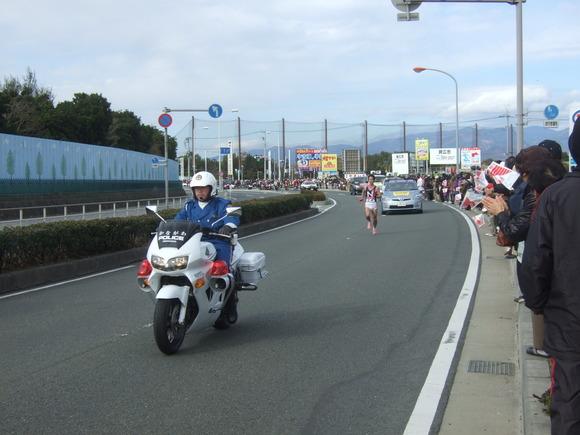2011箱根駅伝.....復路8区茅ヶ崎_b0137932_12503832.jpg