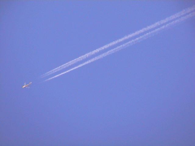 いつか見た青い空。_e0060555_2321688.jpg