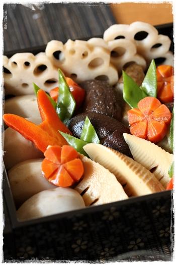おせちレシピ・帆立の旨煮とお煮しめ 蓮根・人参の飾り切り_b0165178_2244156.jpg