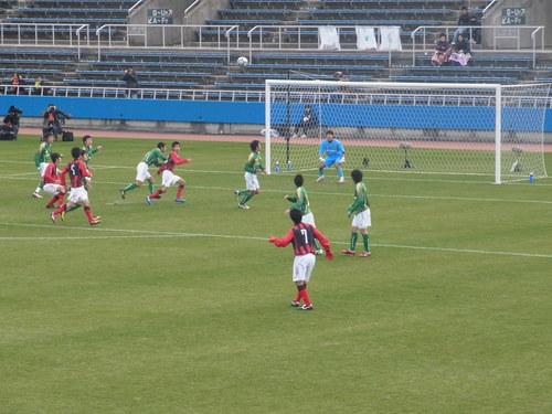 2011-02 高校サッカー選手権3回戦 日章学園vs静岡学園_e0006700_22153517.jpg