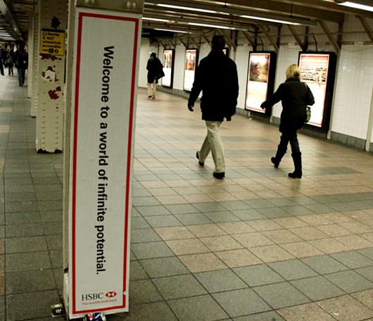 HSBCの異文化をテーマにした面白い広告_b0007805_11515271.jpg