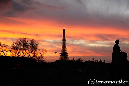 今日のパリの空_c0024345_8392331.jpg