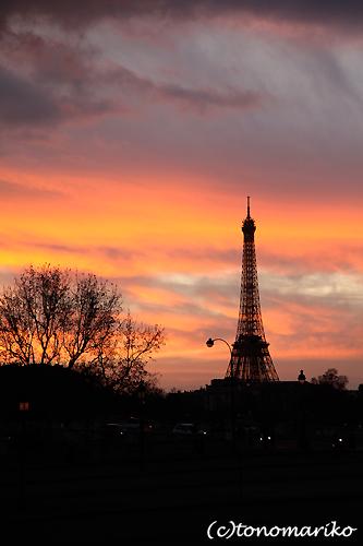 今日のパリの空_c0024345_8395959.jpg