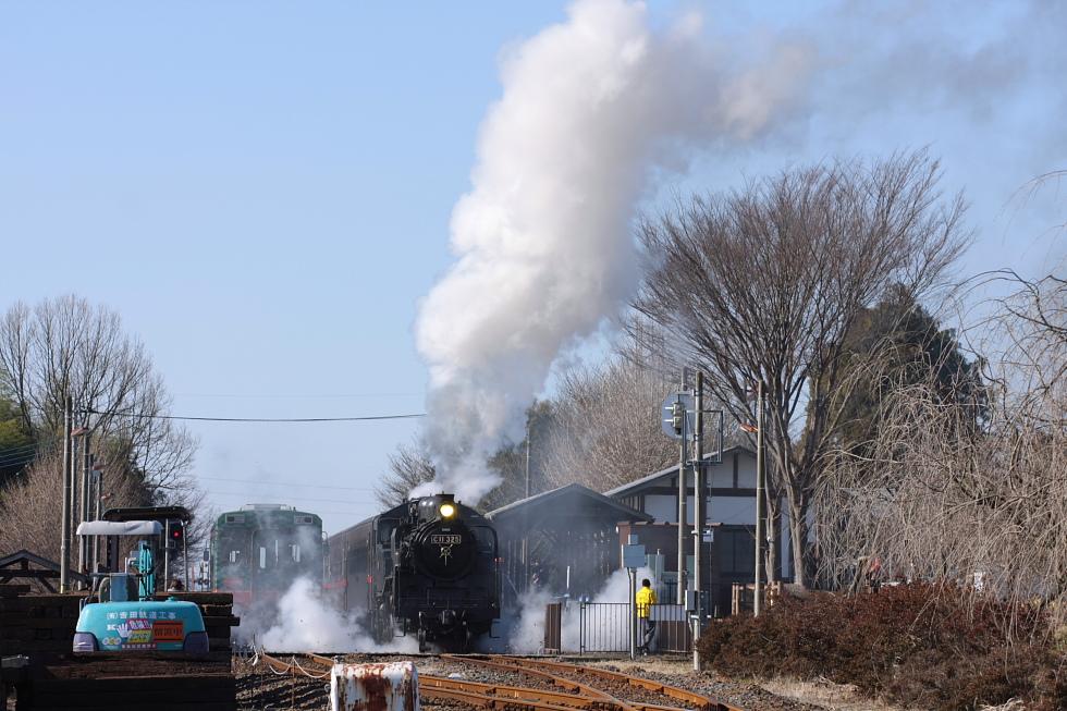 白煙と黒煙 - 2010年冬・真岡ラストラン -_b0190710_2243543.jpg
