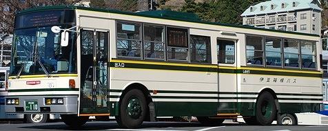 伊豆箱根バスの旧塗装復元車 +α_e0030537_23195227.jpg
