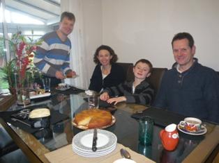 お正月 2日はいとこ家族に遊びに来てもらいました_a0138438_1334948.jpg