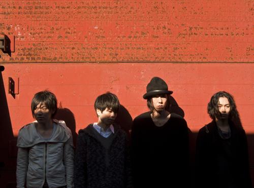RADWIMPS、3月9日のアルバムリリースとさいたまスーパーアリーナ2デイズを含む全国ツアーを発表!_e0197970_133530.jpg