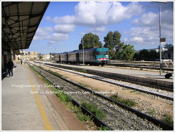電車?それともバス?シチリアを移動する_f0229410_17452360.jpg