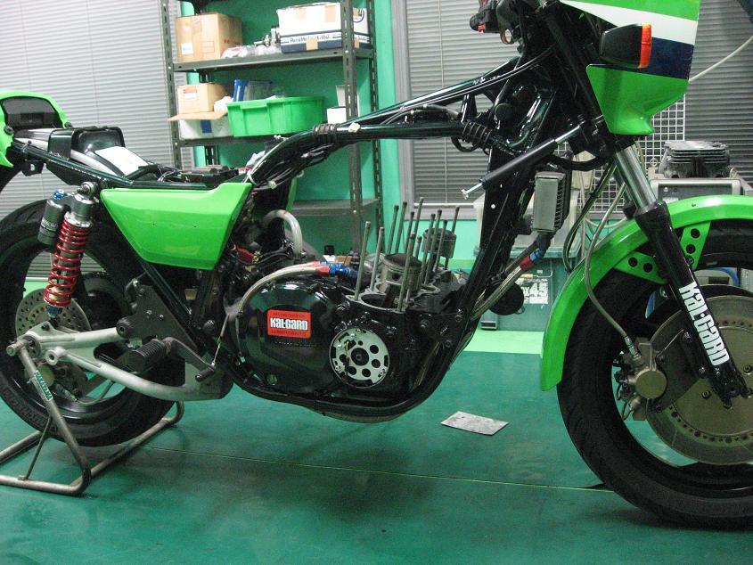 ローソンR-1 エンジン!!!_f0231916_046997.jpg