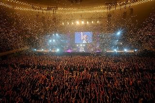 史上初!T.M.Revolution 西川貴教、日本武道館を正月三が日占拠!_e0025035_117558.jpg