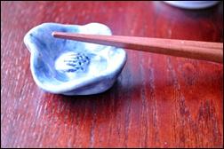 椿の箸置き_f0207664_974745.jpg