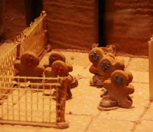 ニューヨーク映画のワンシーンをお菓子で再現! Gingerbread Extravaganza_b0007805_2326535.jpg