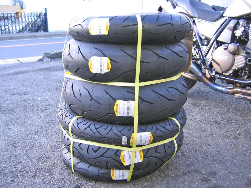 バイクのタイヤで一番人気♪_c0086965_20382537.jpg