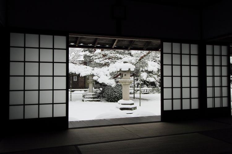 雪の源光庵_e0051888_6164847.jpg