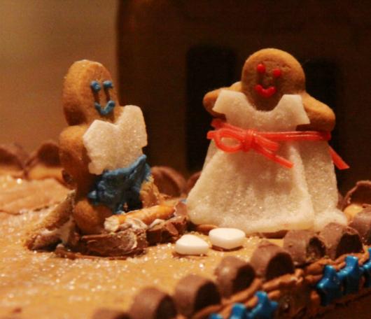 ニューヨーク映画のワンシーンをお菓子で再現! Gingerbread Extravaganza_b0007805_15414865.jpg