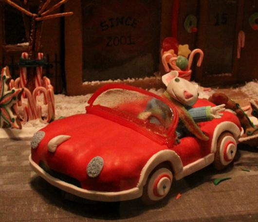 ニューヨーク映画のワンシーンをお菓子で再現! Gingerbread Extravaganza_b0007805_15433564.jpg