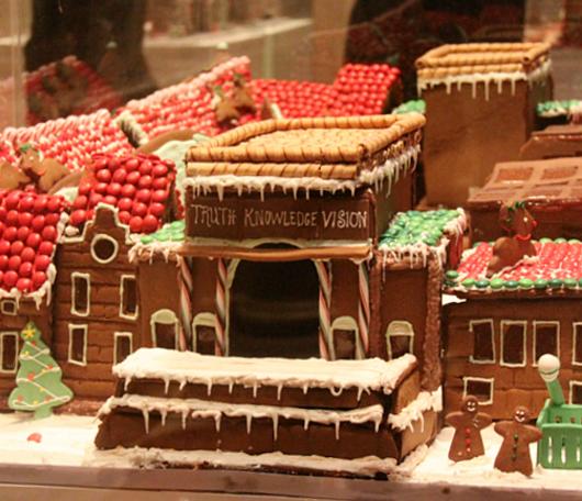 ニューヨーク映画のワンシーンをお菓子で再現! Gingerbread Extravaganza_b0007805_1544663.jpg