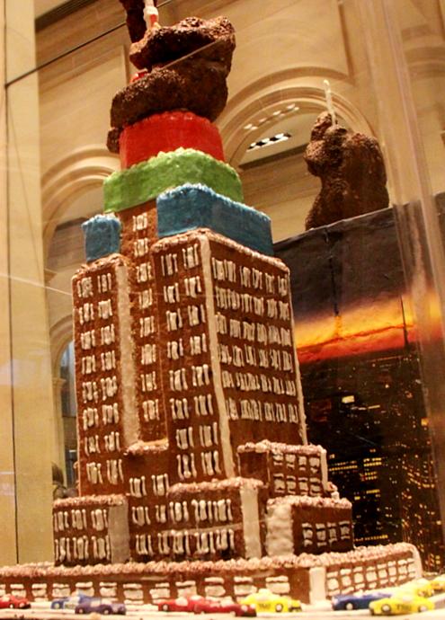 ニューヨーク映画のワンシーンをお菓子で再現! Gingerbread Extravaganza_b0007805_15494298.jpg