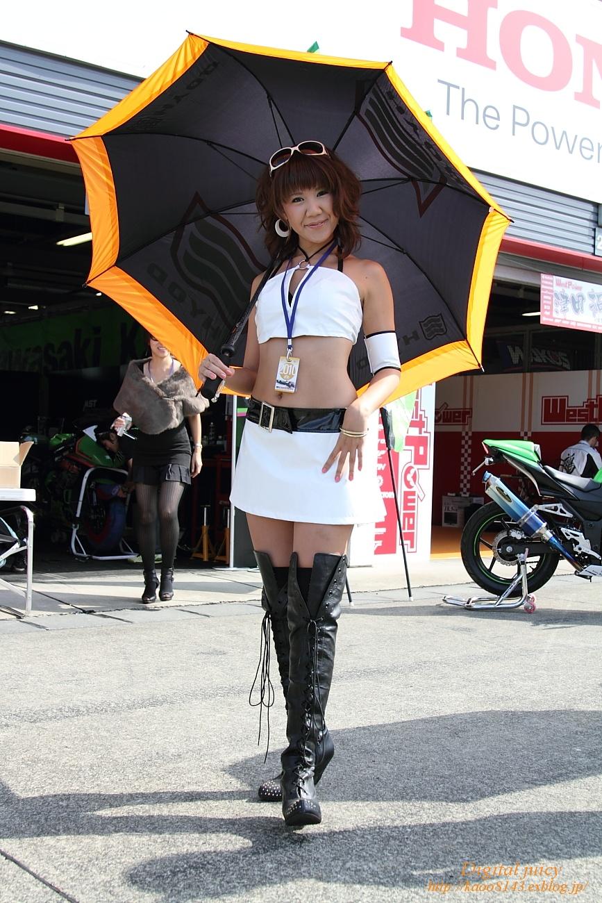 宍戸慈 さん(TAMITON-Rレースクイーン)_c0216181_22195257.jpg