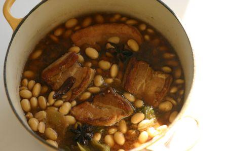 豚バラ肉と大豆の煮込み_d0183440_169726.jpg