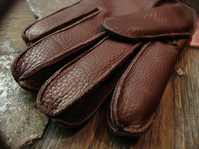 [DENTS] GLOVES[DEERSKIN] MADE IN ENGLAND !!_a0132147_2356866.jpg