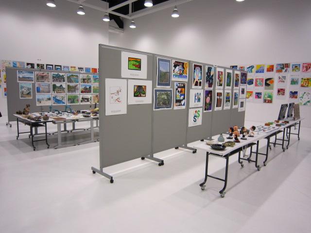 第24回青森県中学校選抜美術展、今日閉幕。_c0225772_23484964.jpg