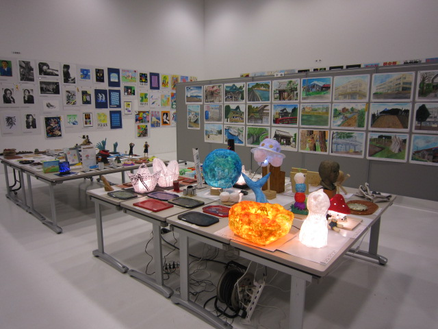 第24回青森県中学校選抜美術展、今日閉幕。_c0225772_23491450.jpg