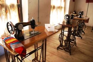 ブータンのろうあ学校を訪ねる_b0053082_1545638.jpg