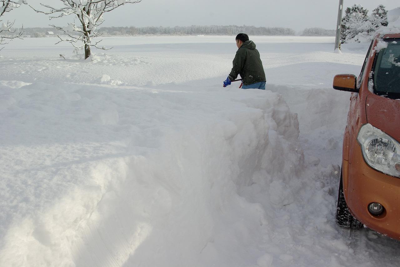 すっぽり雪の中_a0107184_23399.jpg