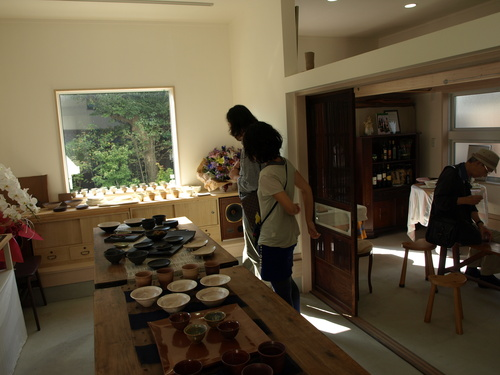 倉田牧郎さんの器とサスケストアの食材とカルティベイトの料理がコラボしました_a0195310_229341.jpg