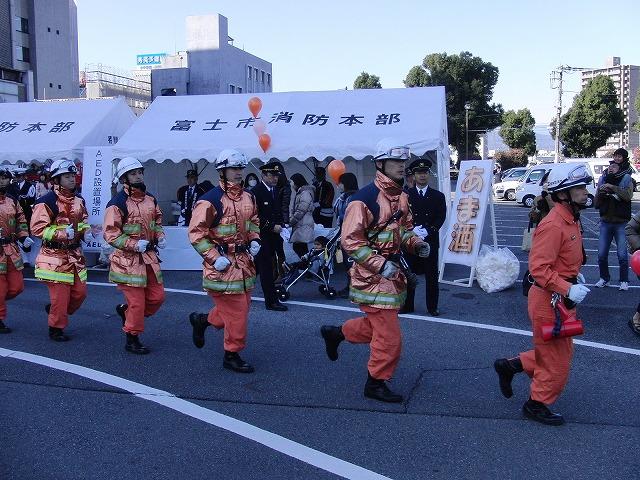 富士市消防出初式_f0141310_6574024.jpg