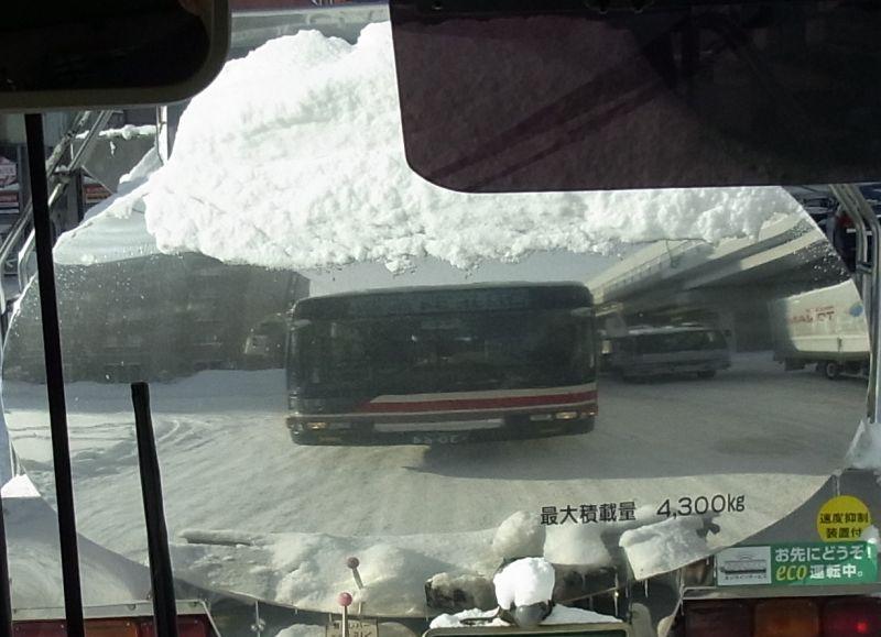 バス通勤_c0025115_1953774.jpg