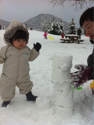 初めての雪遊び_f0114251_13393474.jpg