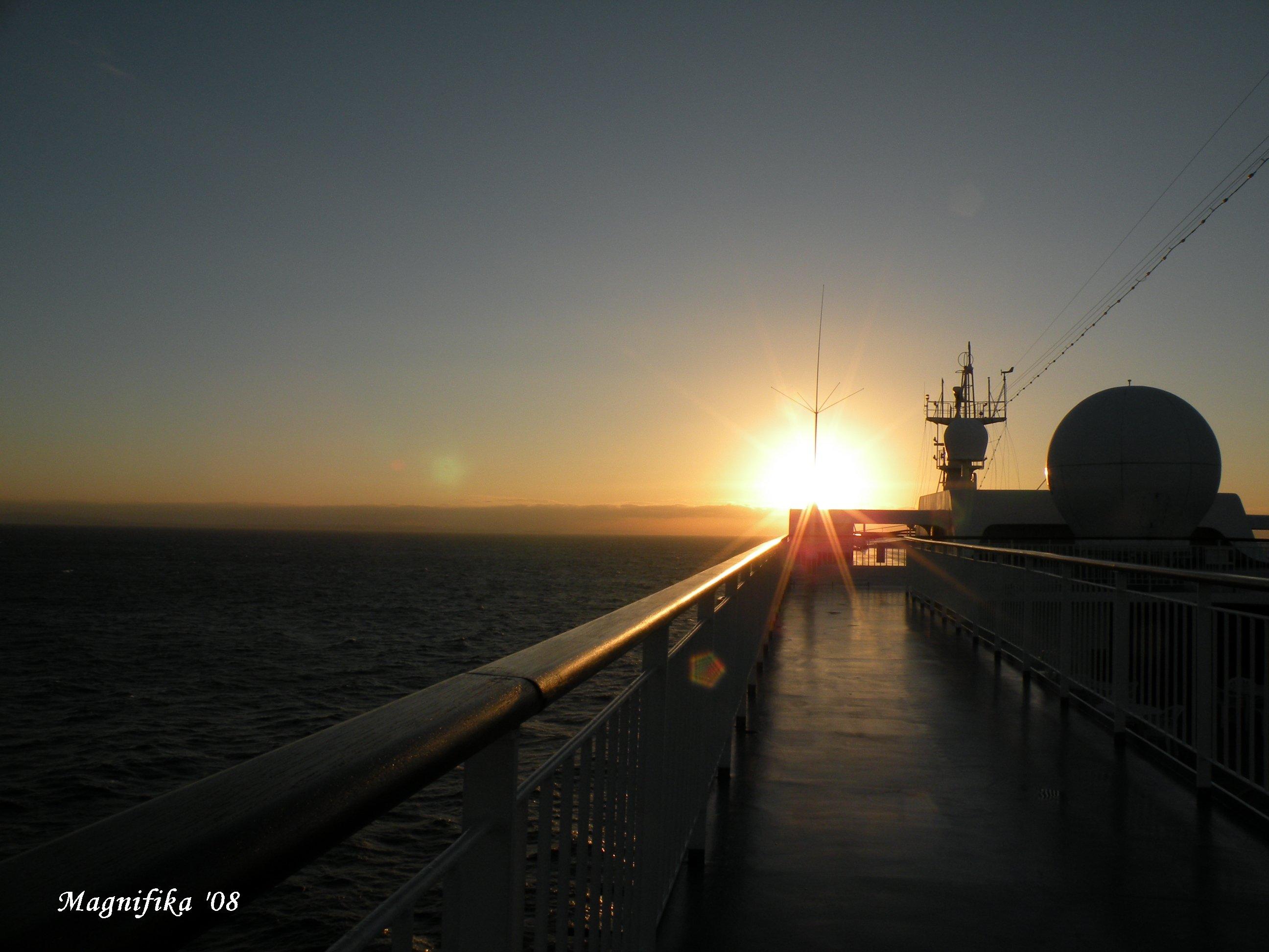 ぱしふぃっく びいなす Pacific Venus cruise report-8 Last day of the cruise_e0140365_19275113.jpg
