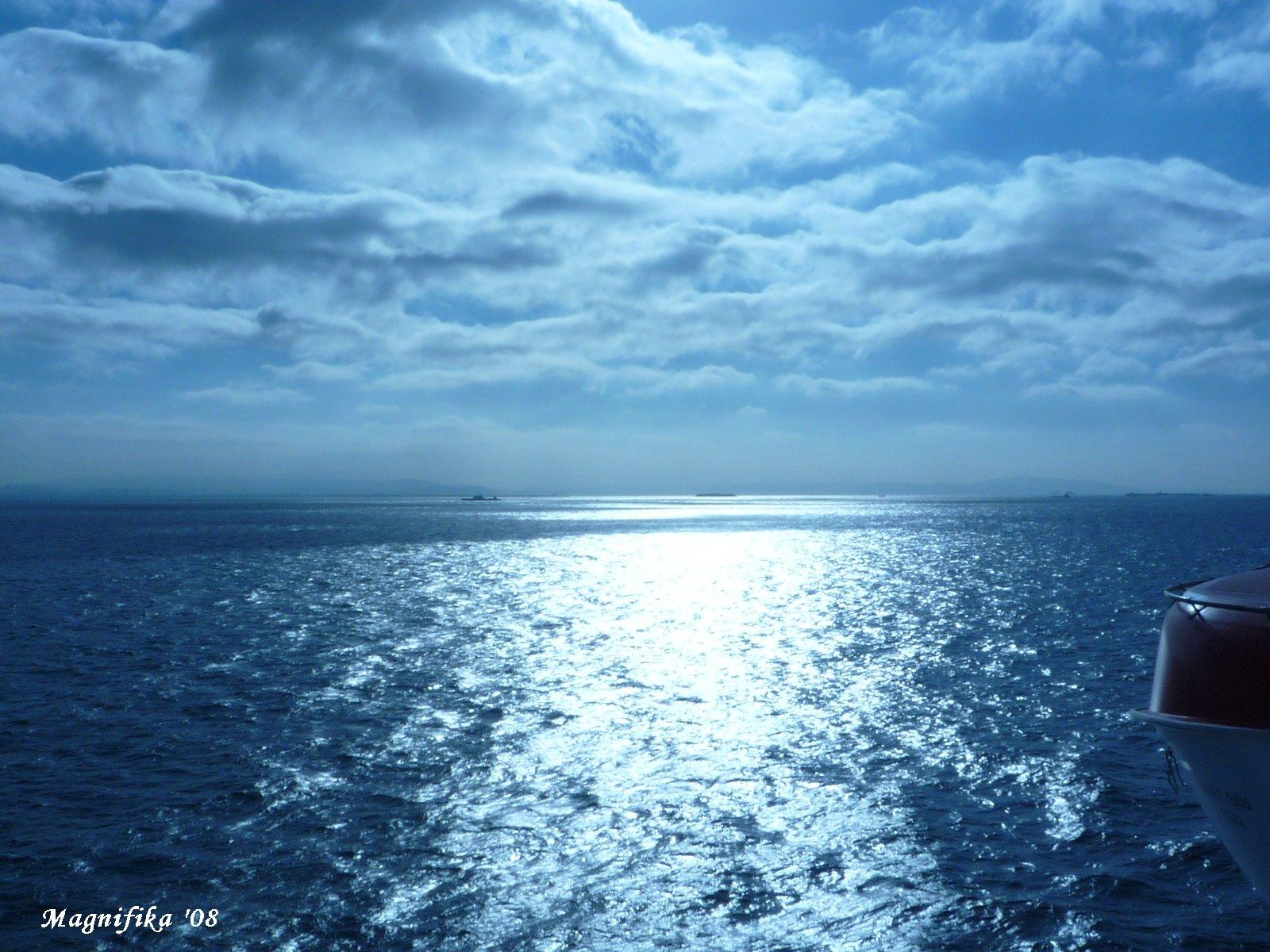 ぱしふぃっく びいなす Pacific Venus cruise report-9 Sky & Sea_e0140365_19411130.jpg