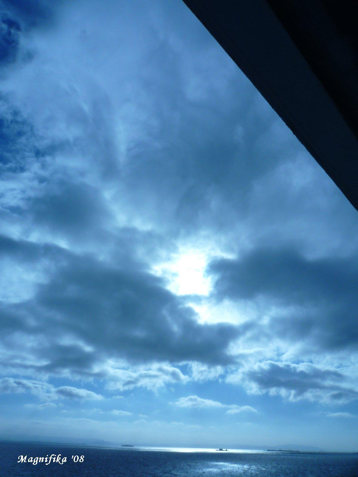 ぱしふぃっく びいなす Pacific Venus cruise report-9 Sky & Sea_e0140365_19413531.jpg