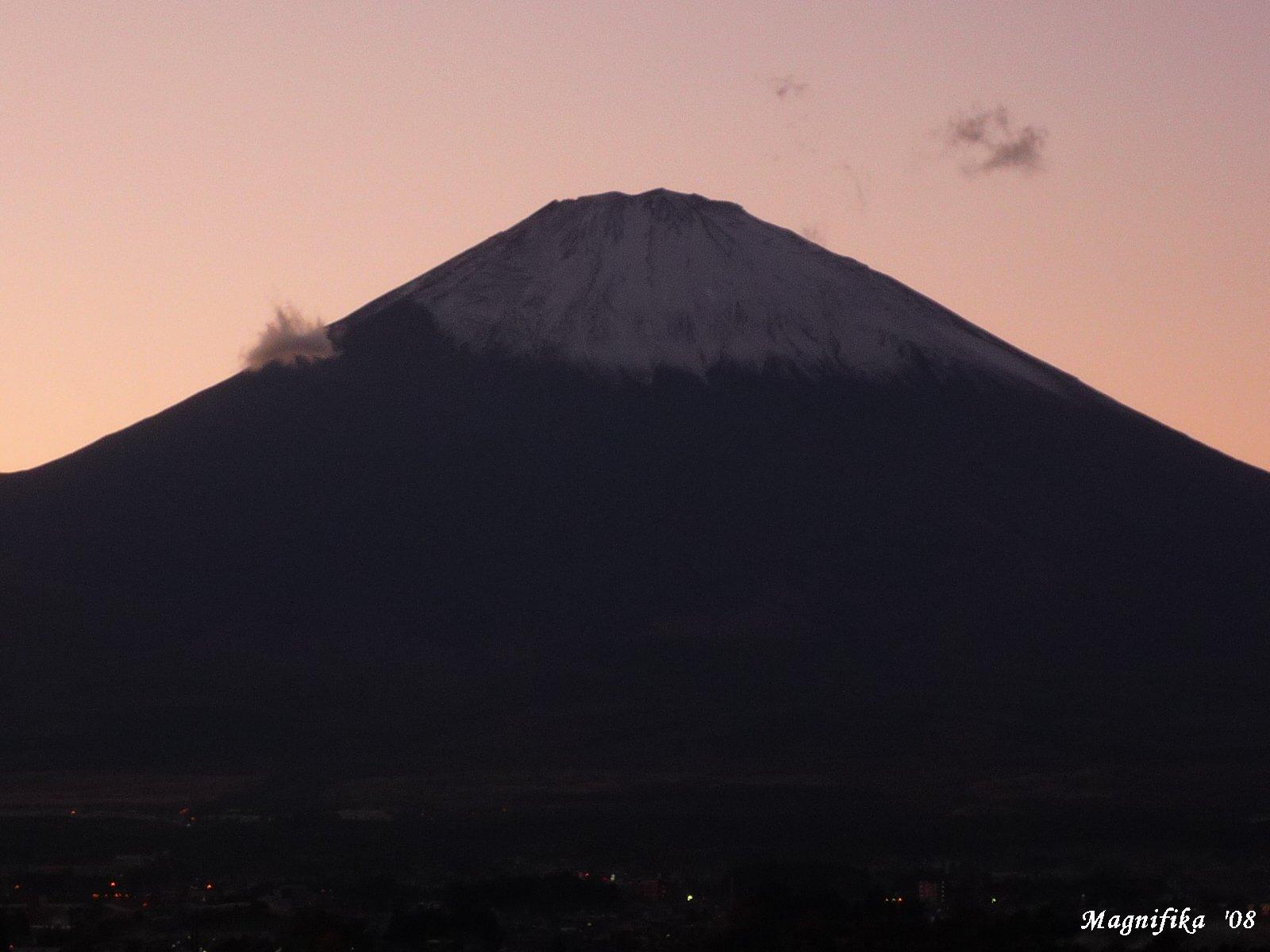 今日の富士山 Today\'s Mt. Fuji Nov. 20, 2008_e0140365_20274434.jpg