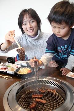 みのり庵、地元に黒田庄和牛の店がオープン♪_b0067283_14455227.jpg