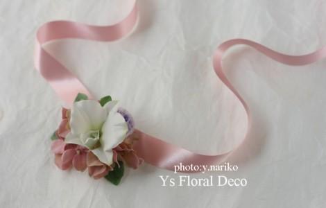 デンファレの花冠&リストレット リボンを長く垂らして_b0113510_2365278.jpg