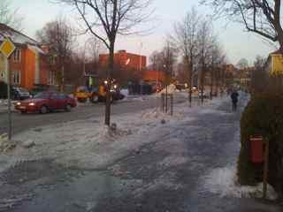 わぁ!また雪だ!_e0125069_2111535.jpg